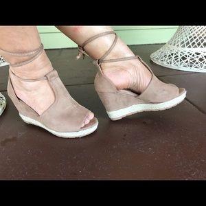 Shoes - PEEP TOE TAUPE ESPADRILLES